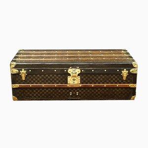 Baúl de viaje antiguo de lona a cuadros de Louis Vuitton, década de 1900