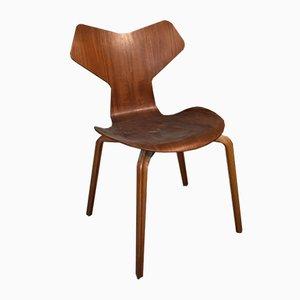 Sedia Grand Prix 4130 in teak di Arne Jacobsen per Fritz Hansen, anni '60