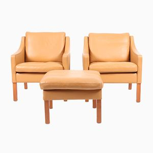 Zwei Leder Sessel & Fußhocker von Takashi Okamura & Erik Marquardsen für Skipper, 1980er