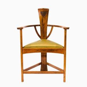 Poltrona antica Arts & Crafts con fiori in legno di quercia intagliato di Mackay Hugh Baillie Scott