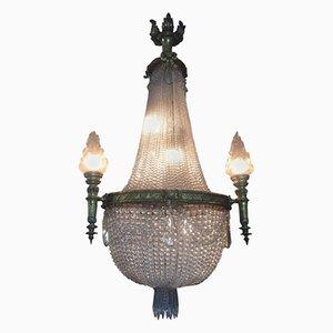 Lampadario antico in bronzo con pendenti in cristallo e vetro