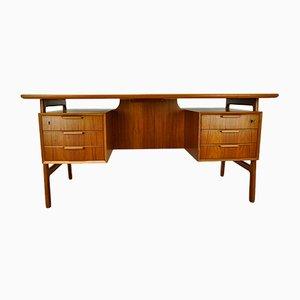 Vintage Model 75 Freestanding Teak Desk from Omann Jun