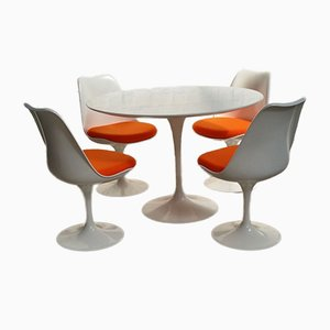 Mid-Century Tulip Dining Table & 4 Chairs by Eero Saarinen for Knoll International, 1970s