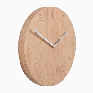 Eichenholz Watch:Out Uhr mit Stahl Zeigern von Applicata