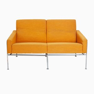 Vintage Series 3300 Sofa by Arne Jacobsen for Fritz Hansen