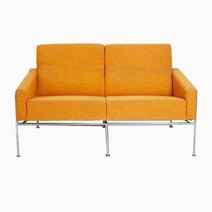 Vintage Sofa aus der 3300 Serie von Arne Jacobsen für Fritz Hansen