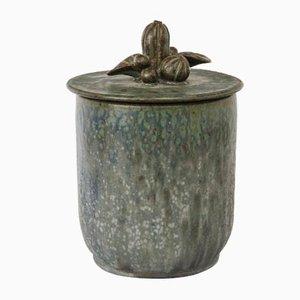 Caja vintage de cerámica con tapa y follaje decorativo de Arne Bang