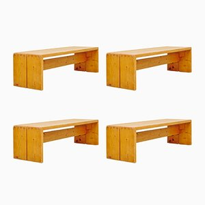 Bancs en Pin par Charlotte Perriand, 1960s, Set de 4