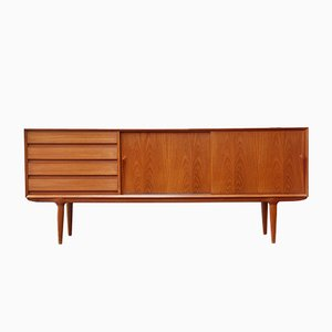 Vintage Teak Model 18 Sideboard from Omann Jun