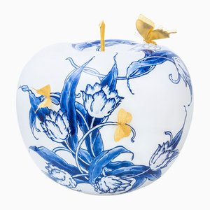 Touch of Gold I Apple by Sabine Struycken for Royal Delft