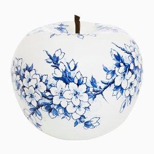 Apfel mit handgemalter Blüte in limitierter Auflage von Sabine Struycken für Royal Delft