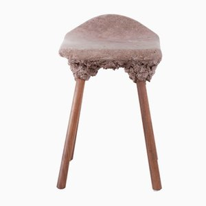 Petit Tabouret Well Proven par Marjan van Aubel & James Shaw pour Transnatural Label