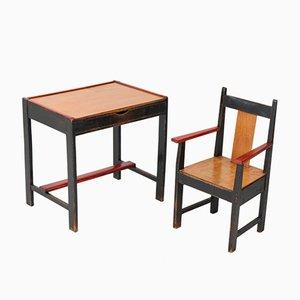 Art Deco Haager Schule Kinder Tisch und Armlehnstuhl von Cor Alons