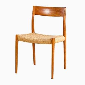 Sedia nr. 77 in teak di Niels Otto Møller per J.L. Møllers, anni '60