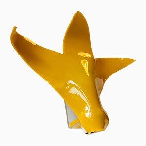 Vintage Wandlampe aus geformten Plexiglas in Gelb, 1970er