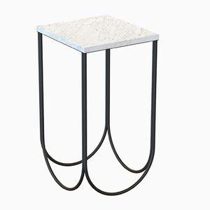 Tavolino OTTO nero con ripiano in marmo bianco di Alex Baser per MIIST
