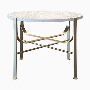 Tavolino da caffè MERGE placcato in ottone con ripiano in marmo bianco di Alex Baser di MIIST