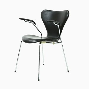 Model 3207 Black Leather Armchair by Arne Jacobsen for Fritz Hansen, 1991