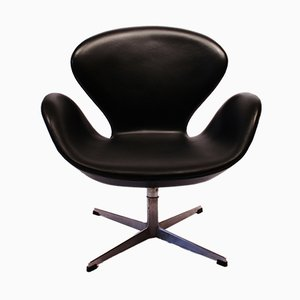 3320 Swan Chair by Arne Jacobsen for Fritz Hansen, 1950s