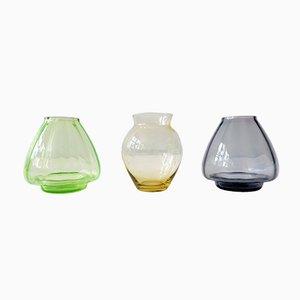 Jarrones holandeses pequeños de vidrio coloreado de A.D. Copier para Glasfabriek Leerdam, años 30. Juego de 3