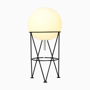 Structure und Globe Schreibtischlampe von Atelier Areti