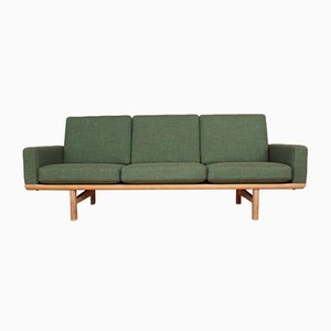 GE236/3 Oak Sofa by Hans Wegner for Getama, 1955