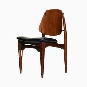 Moderner Stuhl aus geschnitztem Holz, 1950er