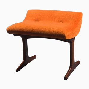 Orangefarbener Teak Hocker von Frank Guille für Austinsuite, 1960er