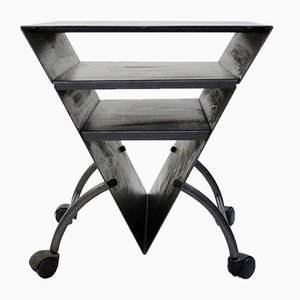 Mesa auxiliar triandular vintage de metal