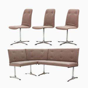 Sofá esquinero y tres sillas, años 70