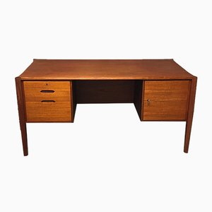 Mid-Century Danish Teak Executive Desk by Wilhelm Renz for Sibast