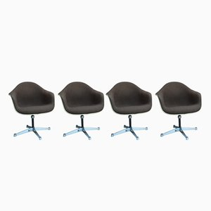 Vintage Bucket Chairs with Swivel Bases by Charles & Ray Eames for Herman Miller, Set of 4