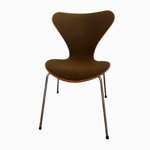 Modell 3107 Beistellstuhl aus Buche von Arne Jacobsen für Fritz Hansen, 1986