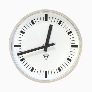 Horloge Murale Vintage Industrielle en Bakélite Grise de Pragotron, 1970s