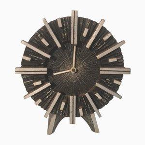 Reloj brutalista, años 70