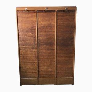 Archivo de madera con cierre de persiana, años 50