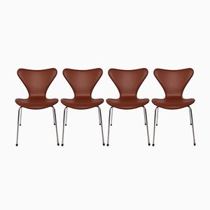 Sillas modelo 3107 de cuero de Arne Jacobsen para Fritz Hansen, 1967. Juego de 4