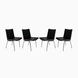 Modell AP37 Airport Stühle aus schwarzem Leder von Hans J. Wegner für A.P. Stolen, 1950er, 4er Set