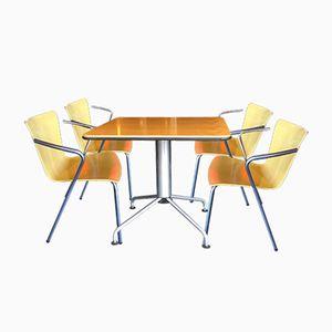 Bistro Tisch & 4 Stühle von Vico Magistretti für Fritz Hansen, 1990er