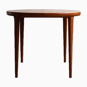 Small Round Mid-Century Teak Dining Table from Spøttrup