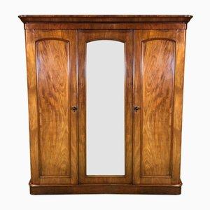 Viktorianischer Kleiderschrank aus Holz