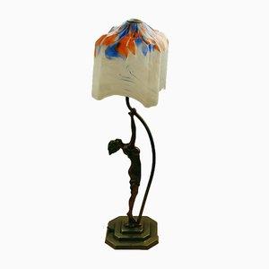 Art Deco Tischlampe mit Skulptur am Fuß