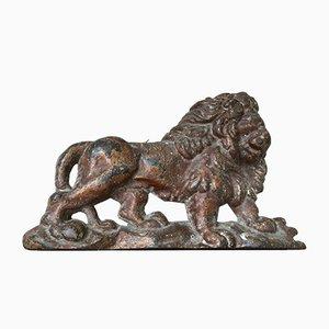 Fermaporta georgiano in ghisa a forma di leone