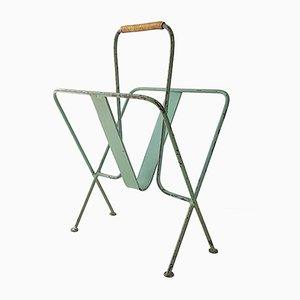 Revistero francés Mid-Century de metal verde y latón de Jacques Adnet, años 50