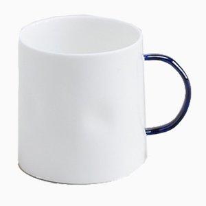 Kaffeebecher mit kobaltblauem Griff von Feldspar