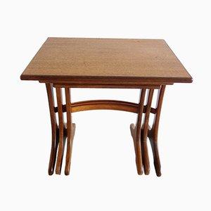 Table Gigognes Fresco en Teck par Victor Wilkins pour G-Plan, 1960s
