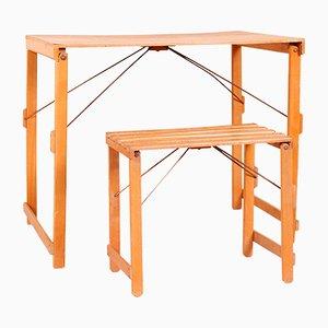 Mesa plegable infantil industrial y taburete, años 50