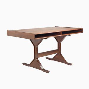 Scrivania 530 in legno di noce di Gianfranco Frattini per Bernini, anni '60