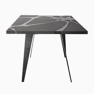 Tavolo da esterno Filodifumo Ventura V2 in pietra lavica e acciaio di Riccardo Scibetta & Sonia Giambrone per MYOP