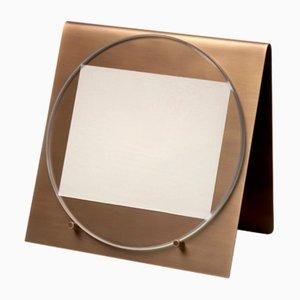 Cornice per foto Balancing in ottone e marmo Calacatta di Studiocharlie per Salvatori